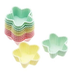 Pack Of 12 Star Shaped Silcone Mini Sweet/Baking Cases