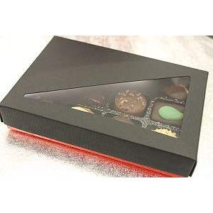 Box of 12 Cerisettes - Whole cherry in brandy covered in dark chocolate